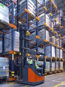 Forklift-in-distribution-centre-warehouse